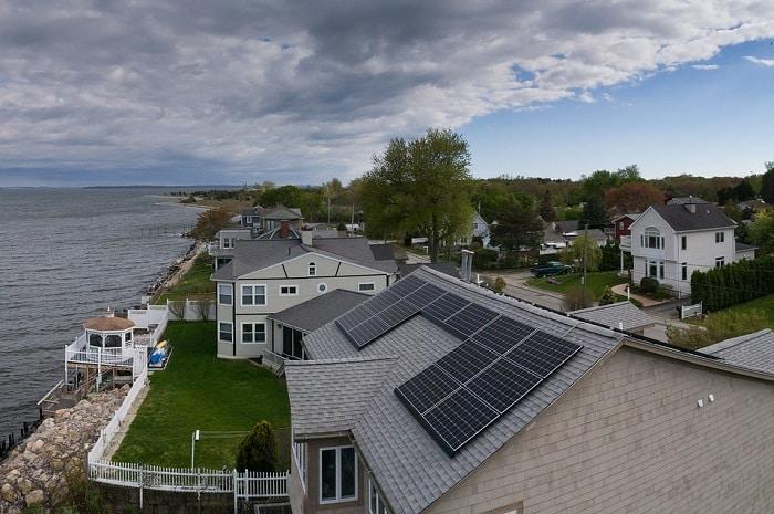 Beneficios instalación solar en comunidades