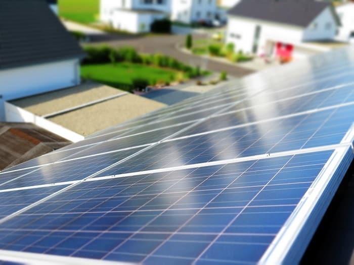 instalaciones solares comunidades y de hogares diferencias