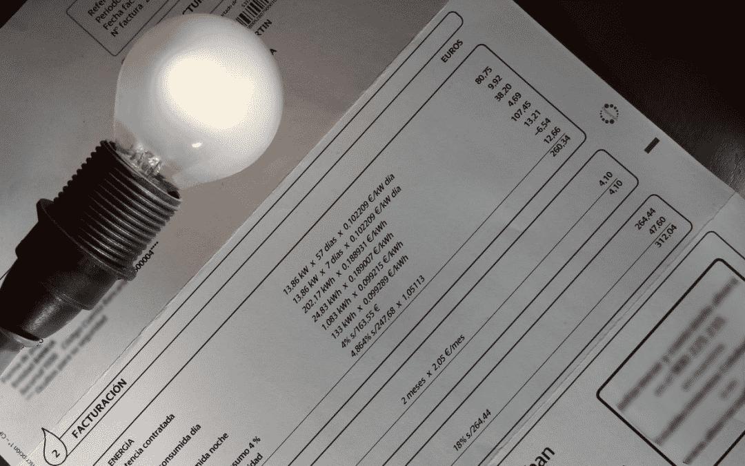 La nueva factura de luz con paneles solares0 (0)